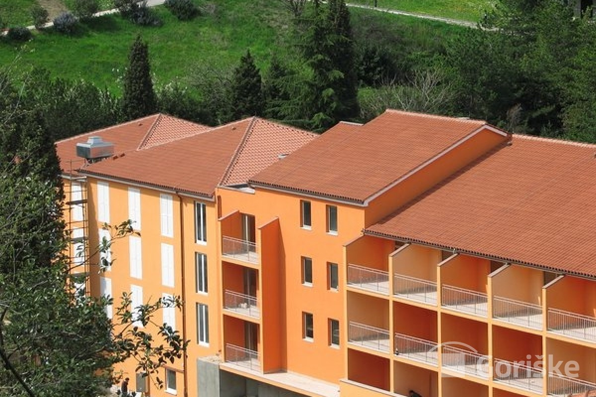 Strunjan - clay roof tiles with lines