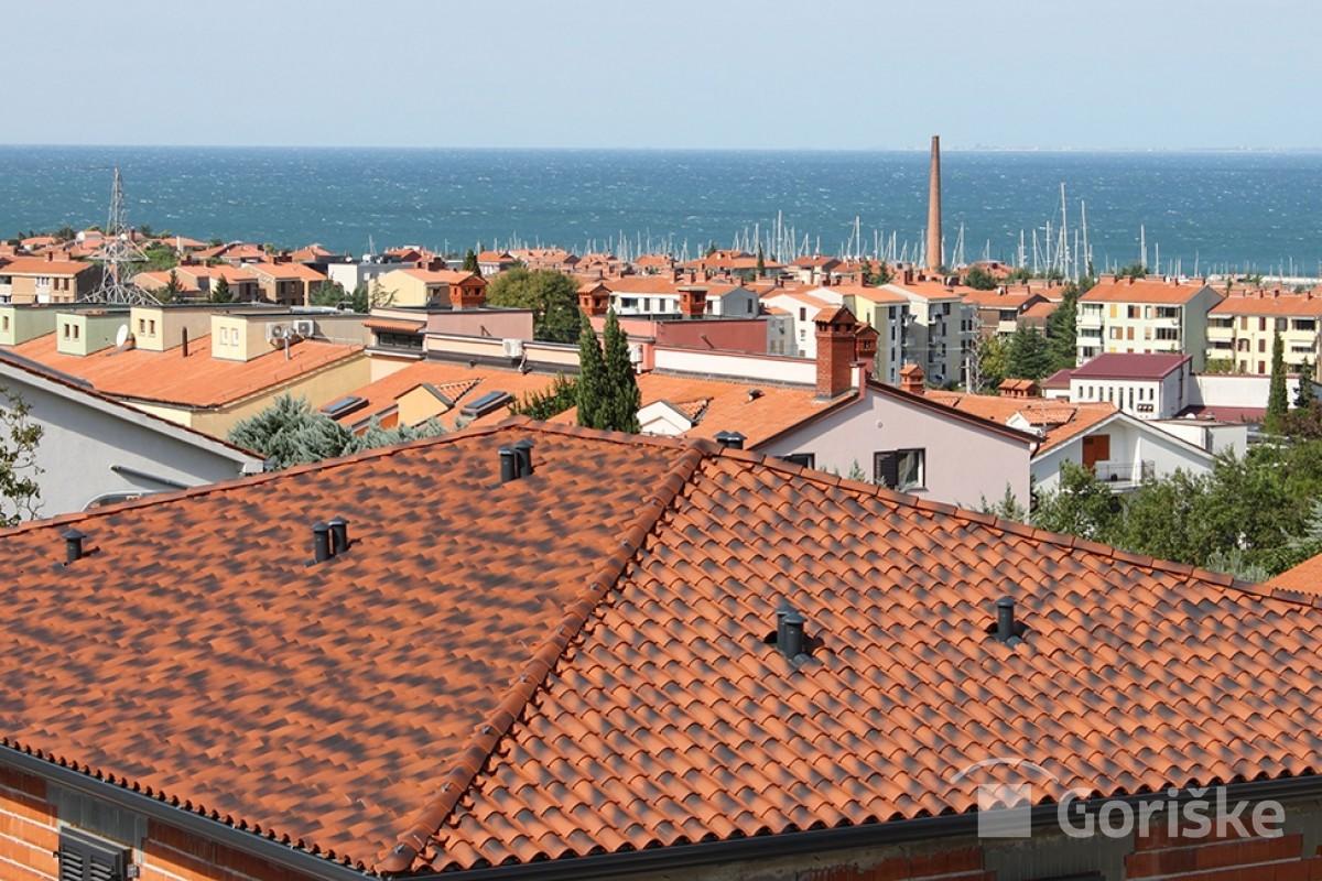 Izola - antique clay roof tiles