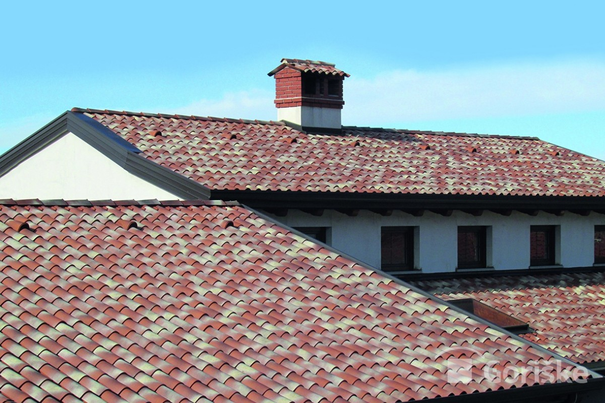Šempas - French type of clay roof tiles