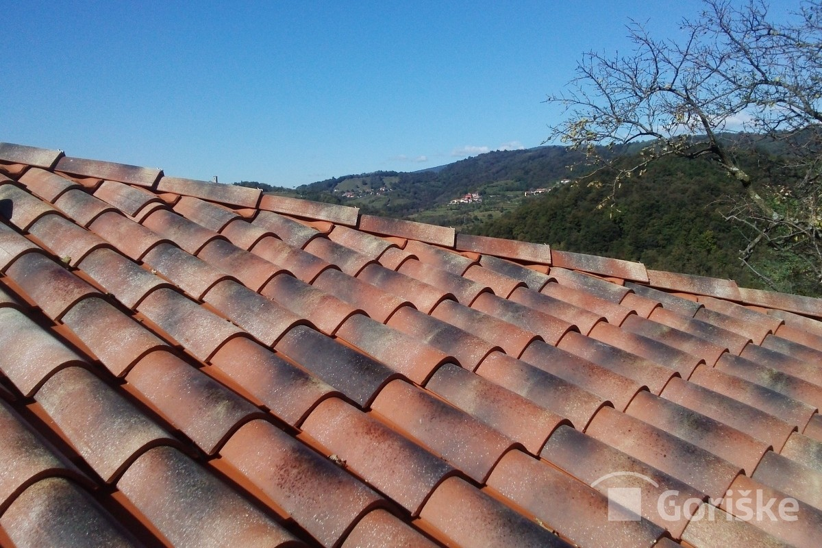 Karst clay roof tiles